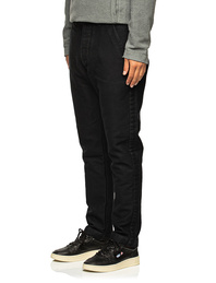 HANNES ROETHER Clean Chic Black