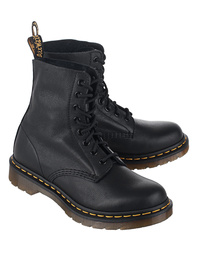 DR. MARTENS Pascal Virginia 8 Eye Black