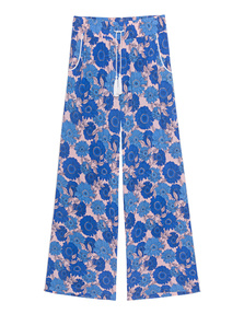 GWYNEDDS Vana Blue Flowers