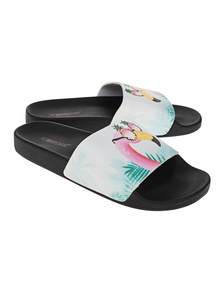 The White Brand Flamingo Black