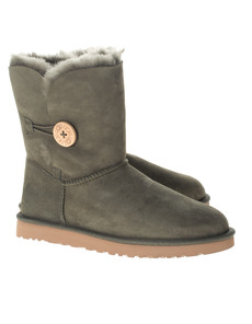 UGG Short Bailey Button Forest