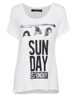 FAME ON YOU Sunday is Funday White
