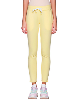 JUVIA Slim Vanilla Yellow