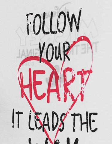 kom-princess-d-shirt-minnie-follow-your-heart-tee_1_white