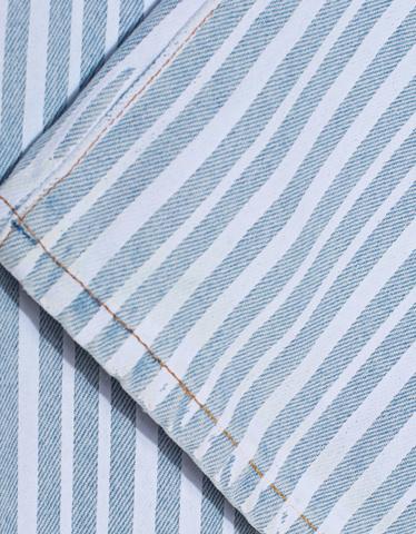 off-white-d-jeans-diagonal-crop-bleach_1_lightblue