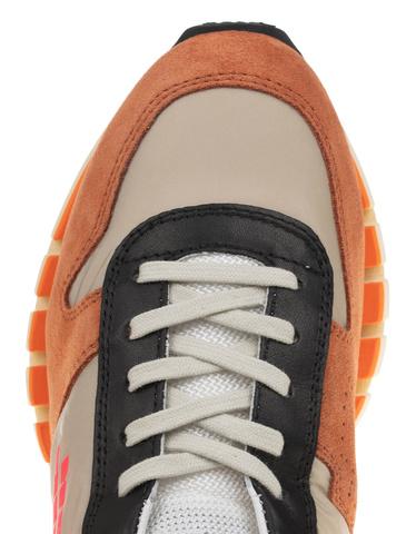 kom-bepositive-d-sneaker-cyber-brick_1_orange