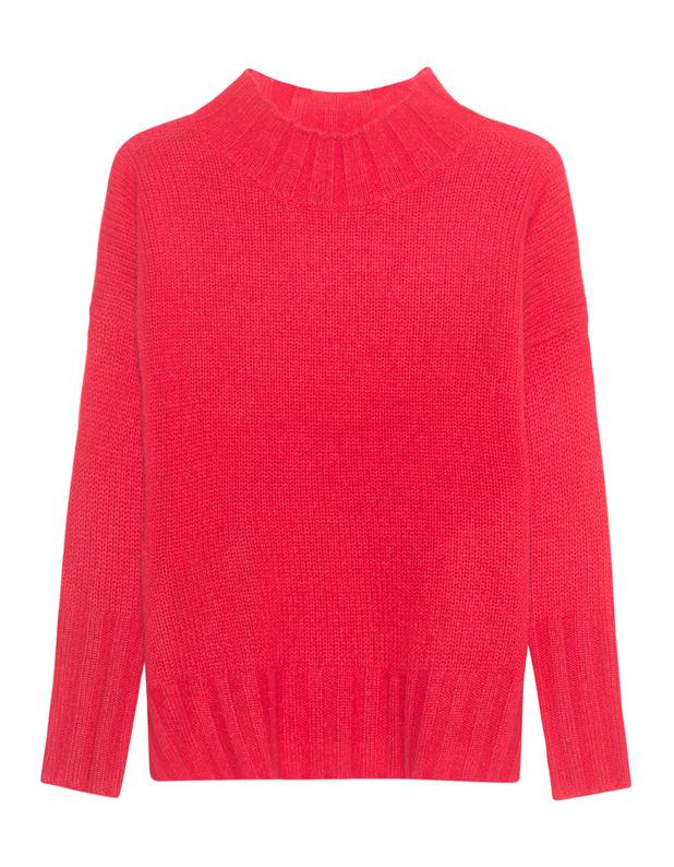 Artikel klicken und genauer betrachten! - Kaschmir-Pullover Toller roter Grobstrick-Pullover aus luxuriösem Kaschmir im coolen Oversize-Schnitt kommt mit hohem breit gerippten Kragen, tiefen Schulternähten und cleanen Design.  Ein kuscheliger Kaschmir-Pullover für einen luxuriösen Casual-Style... | im Online Shop kaufen