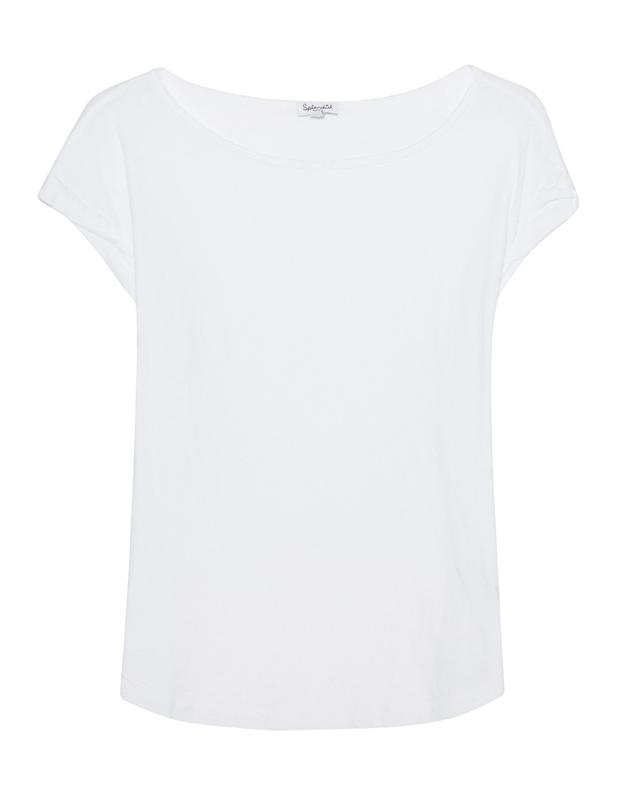 Artikel klicken und genauer betrachten! - Supima Baumwoll-T-Shirt Das gerade geschnittene weiße T-Shirt ist aus softer Supima Baumwolle gefertigt und kommt mit weitem femininen Rundhalsausschnitt und geknitterten Ärmel-Bündchen.  Cleane Casualness für jeden Style... | im Online Shop kaufen