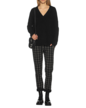 juvia-d-pullover-vneck_1_black
